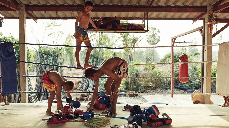 jeunes boxeurs thailandais